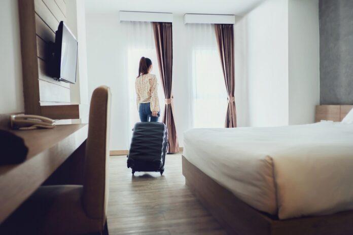 Czy apartamenty noclegowe są zaopatrzone w lodówkę?