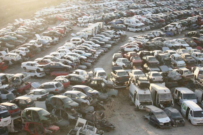 Największe złomowiska samochodowe na świecie